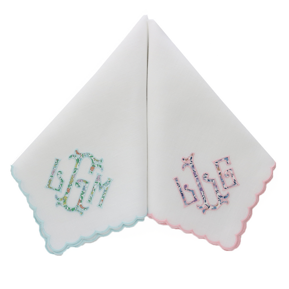 Scallop Trim Dinner Napkins