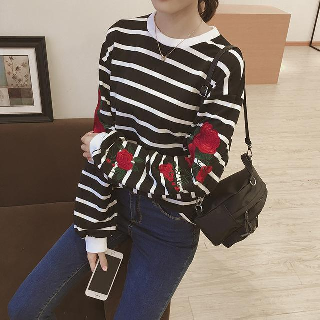 Clothing black striped / One Size New Autumn Harajuku Hoodies Roses Embroidered Lantern Sleeve Loose Striped Women Sweatshirt Vintage Elegant Casual Tops (US 14-16)