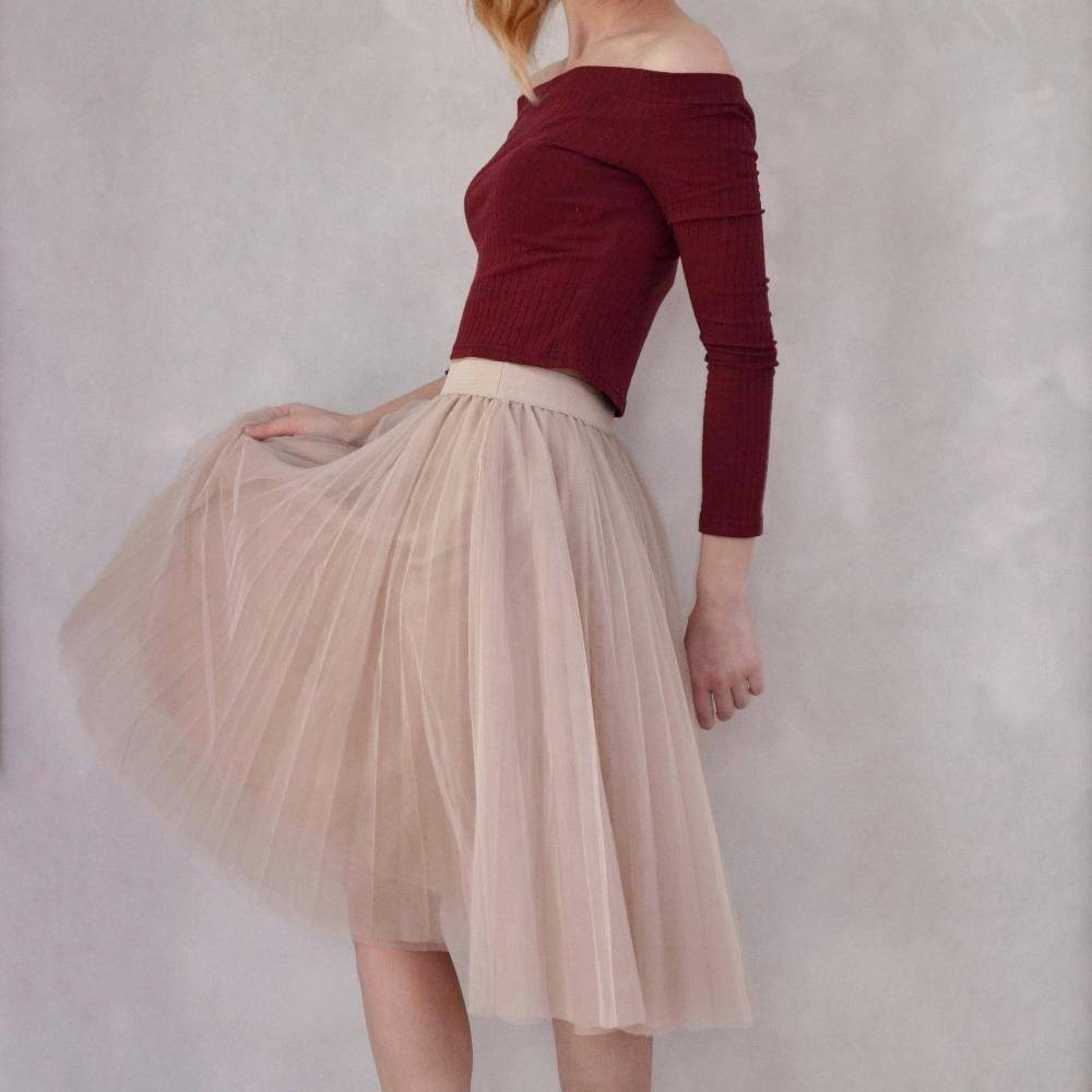 "clothing Fits 22"" - 41"" wasit - Three Layers, Tulle Elastic High waist Midi Skirt"