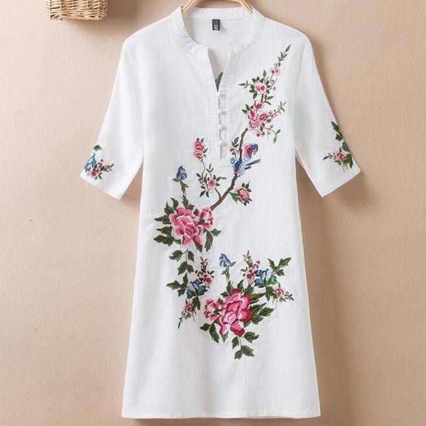 Clothing Plus Size - US (10-20W)  Embroidery Vintage Print Floral Linen Blouses, Short Sleeve V-Neck Shirt, Plus size