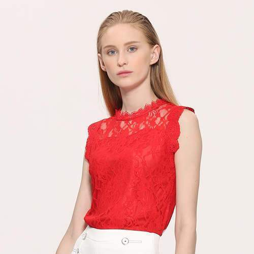 Clothing red / S (US 12-14) Plus Size - Sleeveless Hollow Out Lace Top (US 12-22)
