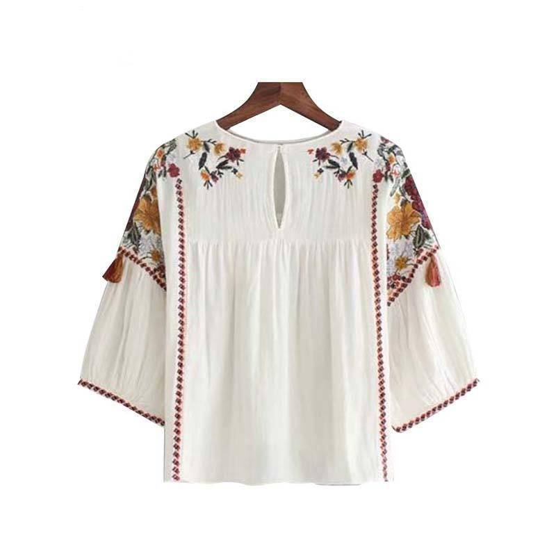 Clothing Vintage floral embroidery tassles loose shirts (US 14-18W)
