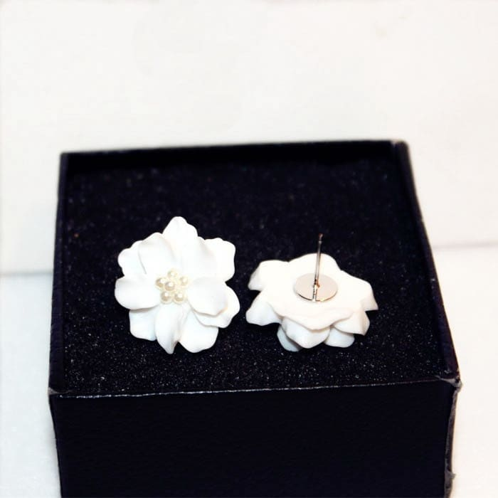 White Flower Earrings Studs*