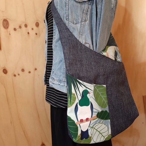 Shoulder bag - Kereru - Tui - Navy