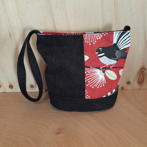 Shoulder bag - Red Pīwakawaka - Fantails on Black