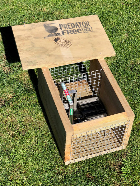 DOC 200 trap for stoats, rats and hedgehogs (incl. shipping)
