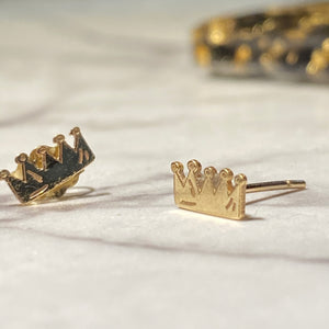 Savoir Faire Crown PAIR of Earrings  X GILCHRIST