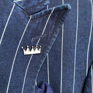 Savoir Faire Crown Pin