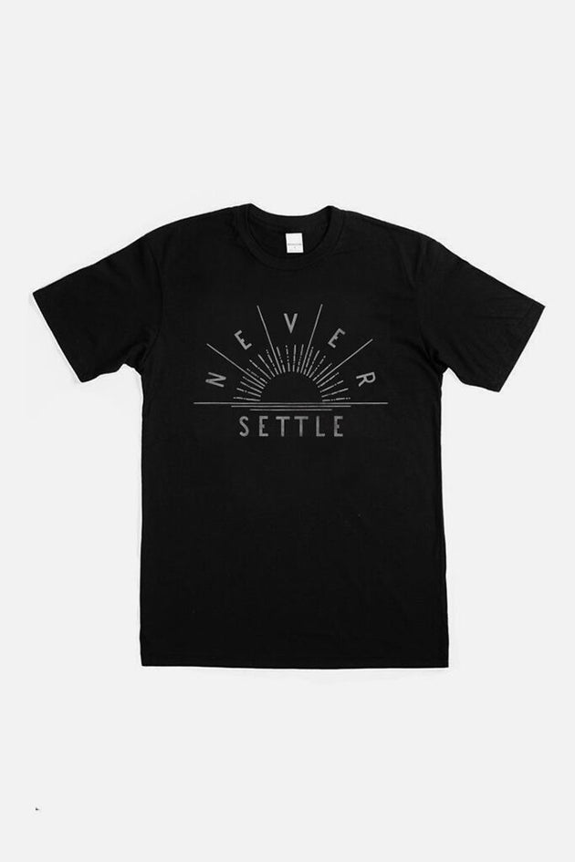 Never Settle Graphic Tee - Black