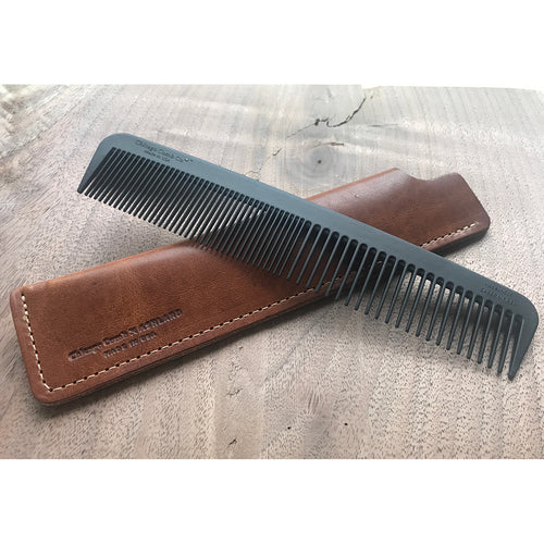 Carbon Fiber Comb & Horween Leather Sheath
