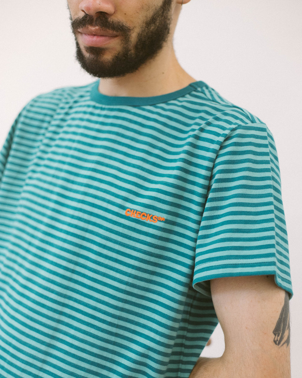Micro Stripe T-shirt Teal | CHECKS DOWNTOWN