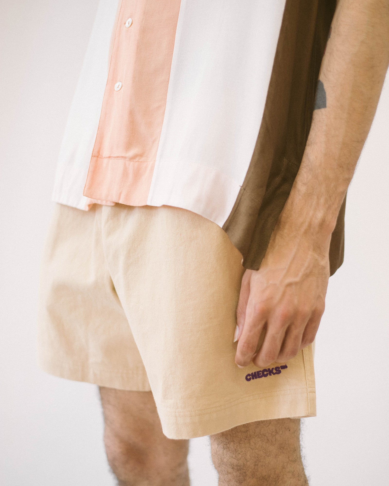 Load image into Gallery viewer, Easy Drill Shorts Khaki | CHECKS DOWNTOWN