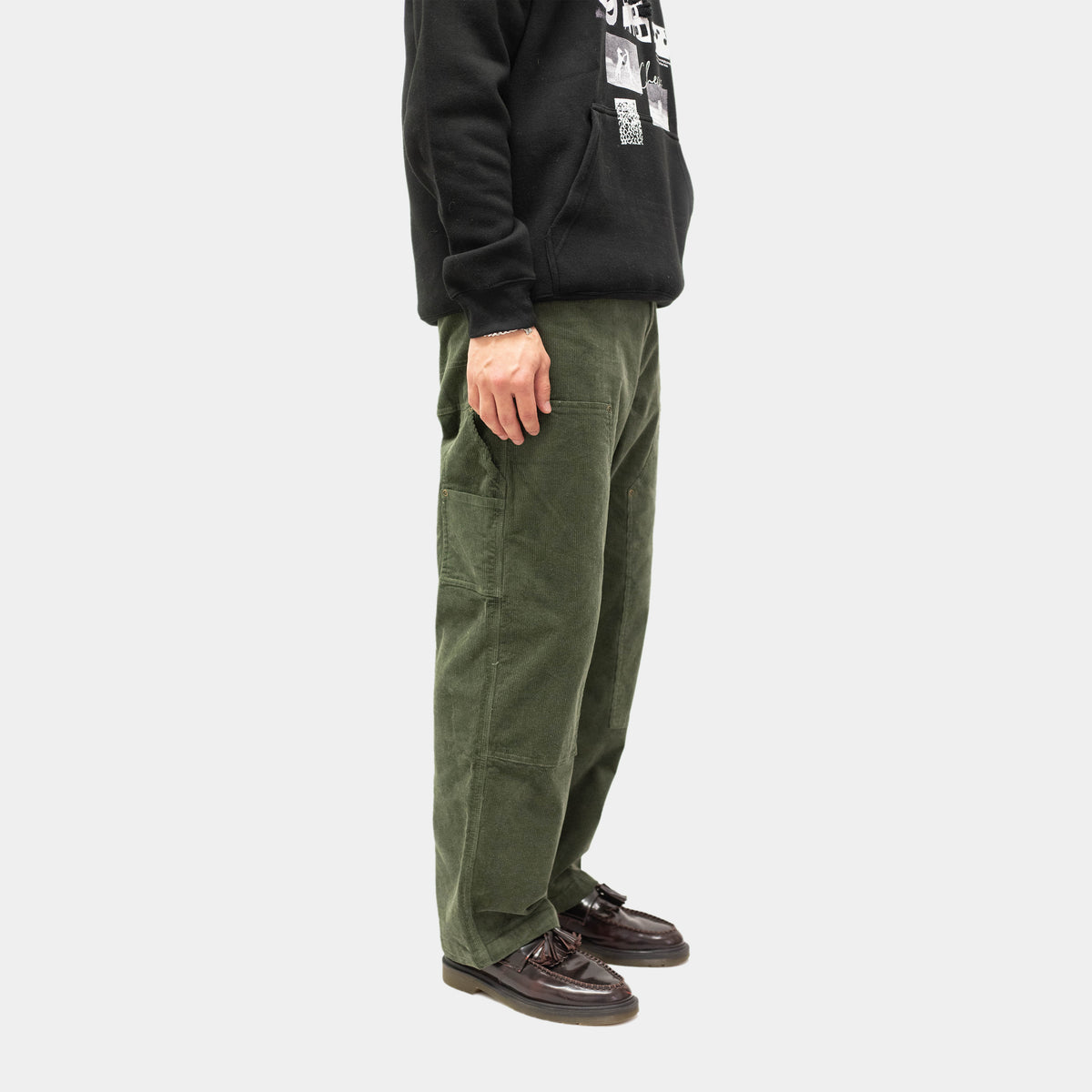 Corduroy Carpenter Pants Moss | CHECKS DOWNTOWN