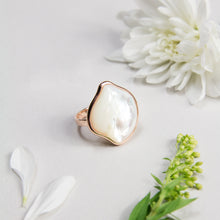 Absolute Mother of Pearl Ring