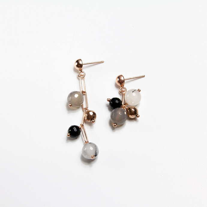 Black Gemstones Asymmetrical Chain Earrings