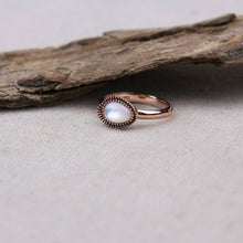 rose gold sterling silver ring with mother of pearl