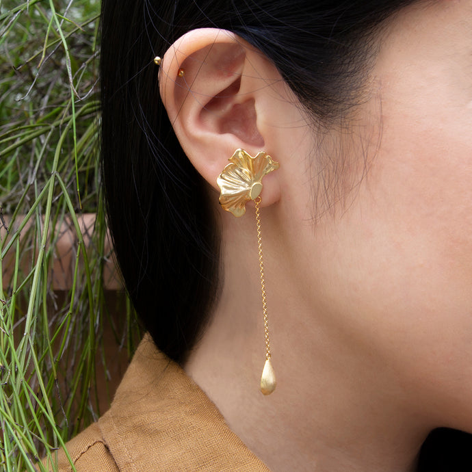 Mismatched Long Flower Earrings