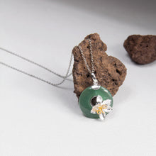 Aventurine Circle and Flower Pendant Necklace