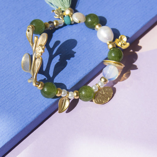 Stretch Bracelet with Leaf
