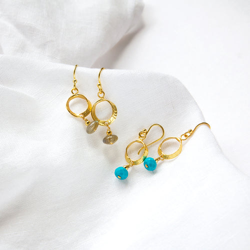 Howlite or Labradorite Circle Earrings
