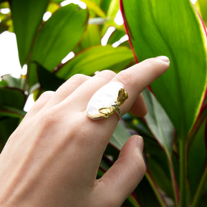 Dragonfly Mother of Pearl Ring