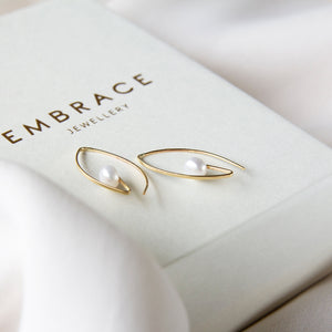 Incurve Freshwater Pearl 10k Gold Earrings