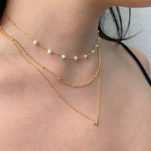 Nueve Freshwater Pearl Necklace