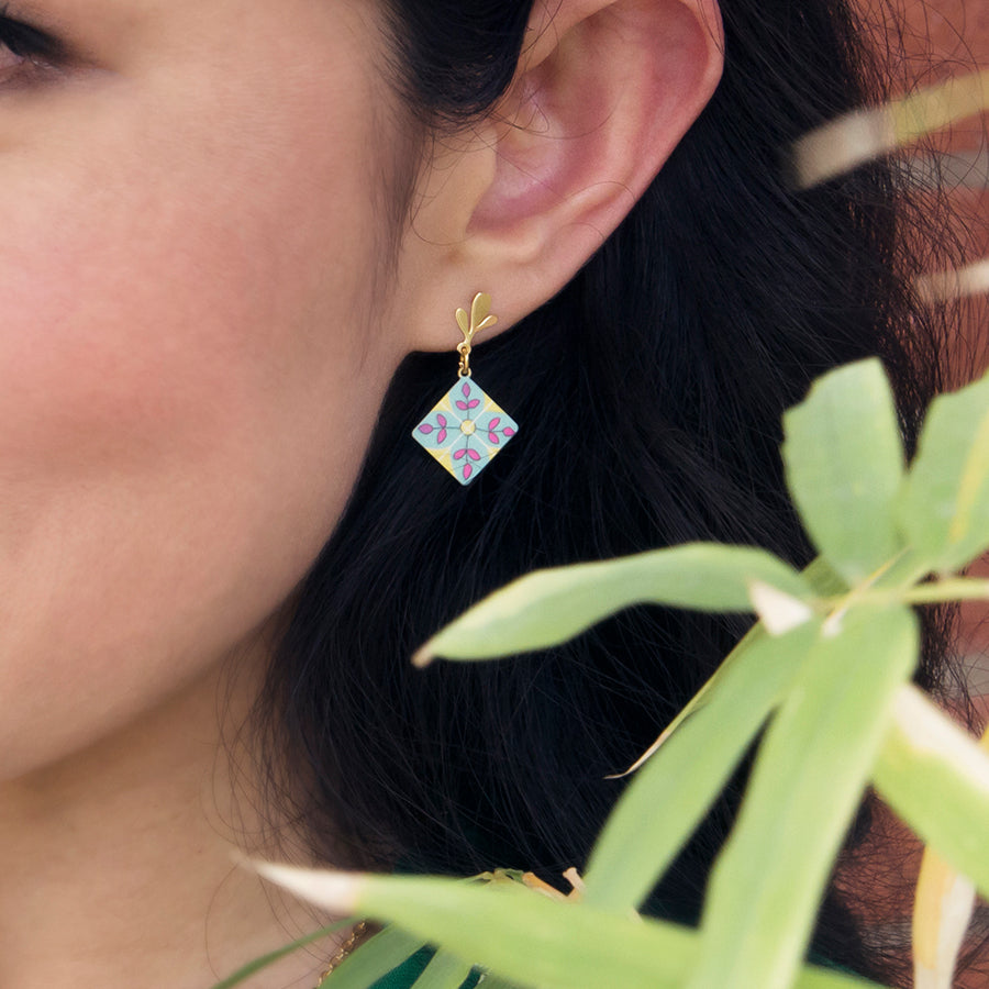cute earrings peranakan style
