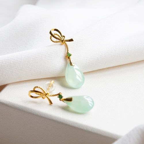 Ribbon with Tsavorite and Jade 18K Gold Earrings