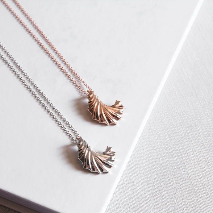Ripple Wave Necklace