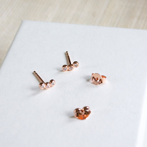 Curved Sparkle Studs