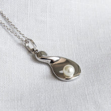 Twisted Teardrop Necklace