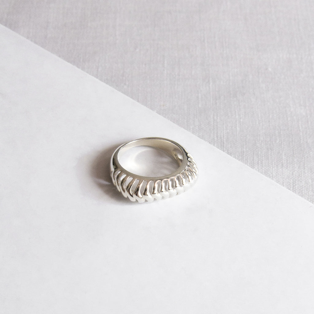 Wired Square Ring