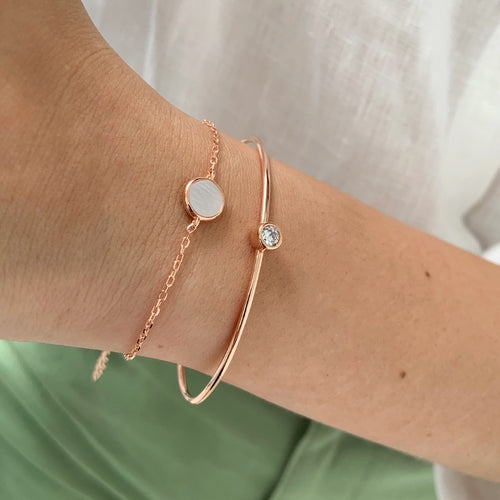 Mini Circle Mother of Pearl Bracelet