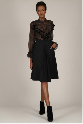 Flared skirt with pleat