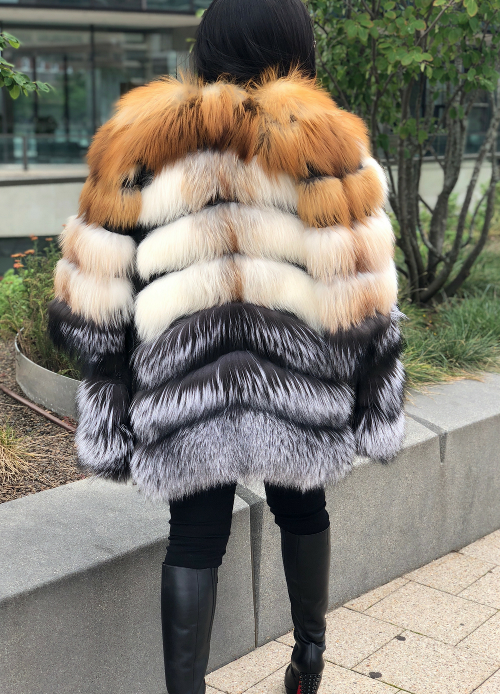 Avi Fox Fur Coat with Detachable Sleeves