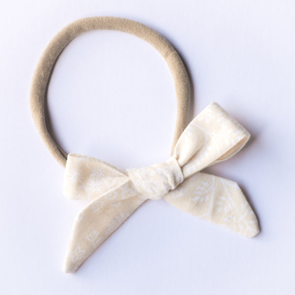 Evie bow - Sandy