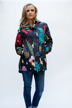 Load image into Gallery viewer, selva tropical abstract shell rain coat for women Scribbler rain jackets lightweight