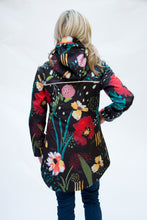 Load image into Gallery viewer, selva tropical abstract winter rain coat for women Scribbler rain jackets