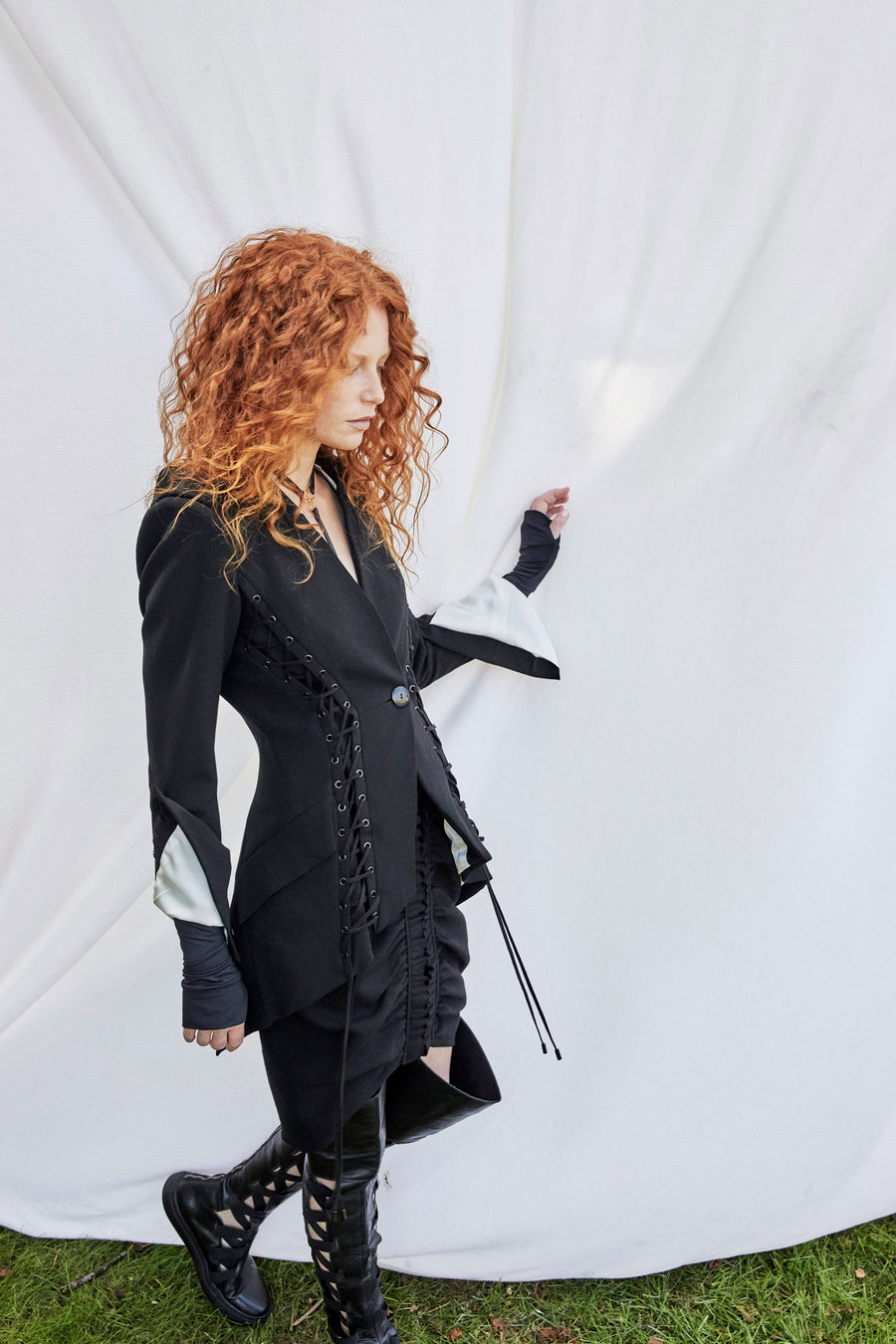 The Corset Tailoring Jacket - Black