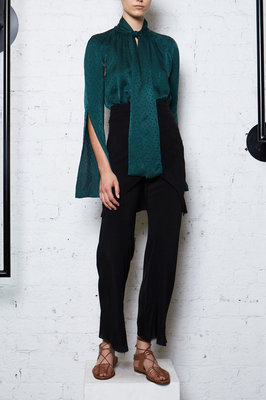 Essence Spot Blouse - Emerald