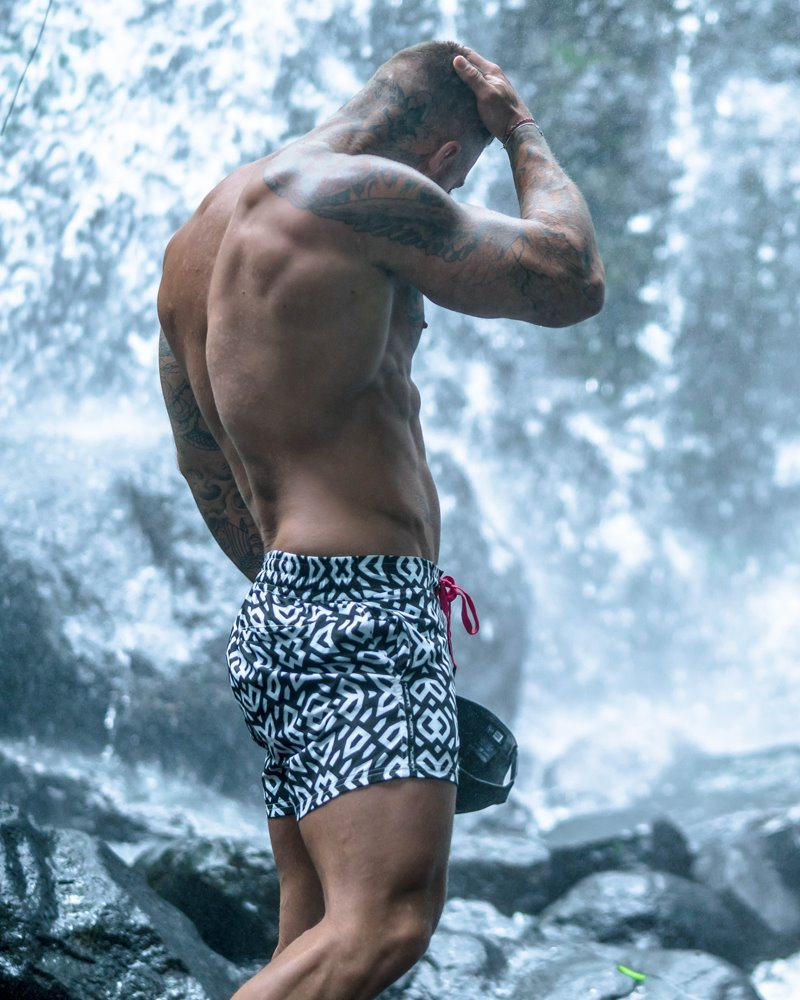 Geo Black Swim Shorts Shorts / Board shorts Tucann