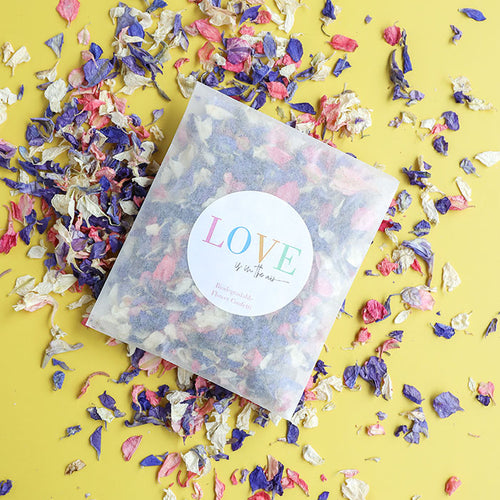 LOVE is in the Air Confetti Sachets