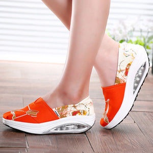 Pattern Color Blocking Canvas Platform Rocker Sole Shake Shoes