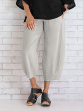 Load image into Gallery viewer, Cotton Slub Stitching Women's Cropped Trousers