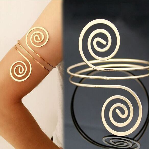 Retro exaggerated note multi-layer arm bracelet