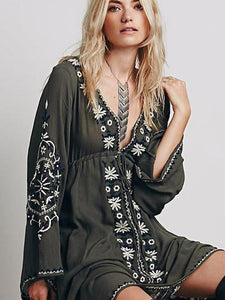 Bohemia Inwrought Floral-Print Long Sleeve Deep V Neck Maxi Dress
