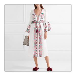 2018 Boho Embroidered Long Sleeve Loose Beach Dress