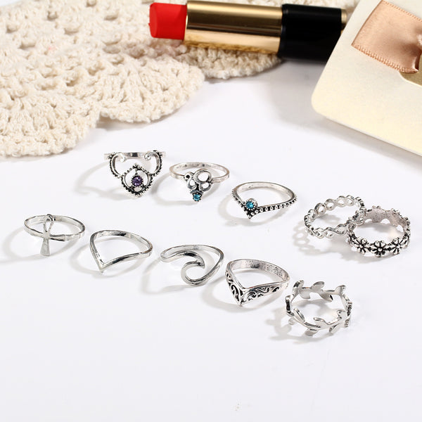 Vintage crystal hollow carved V-shaped flowers 10 sets of 10 sets of rings ring sets of jewelry