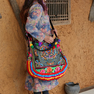 Vintage Ethnic Style Floral Embroidery Shoulder Bag